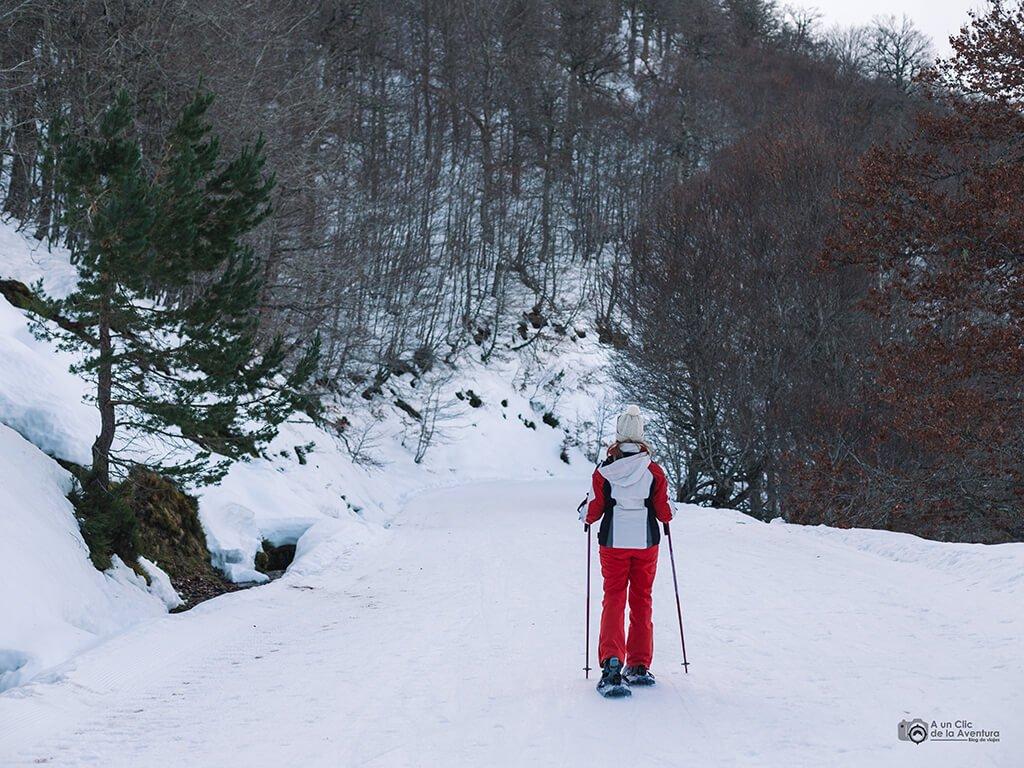 Ruta con raquetas de nieve en Valdezcaray - Actividades al aire libre en invierno