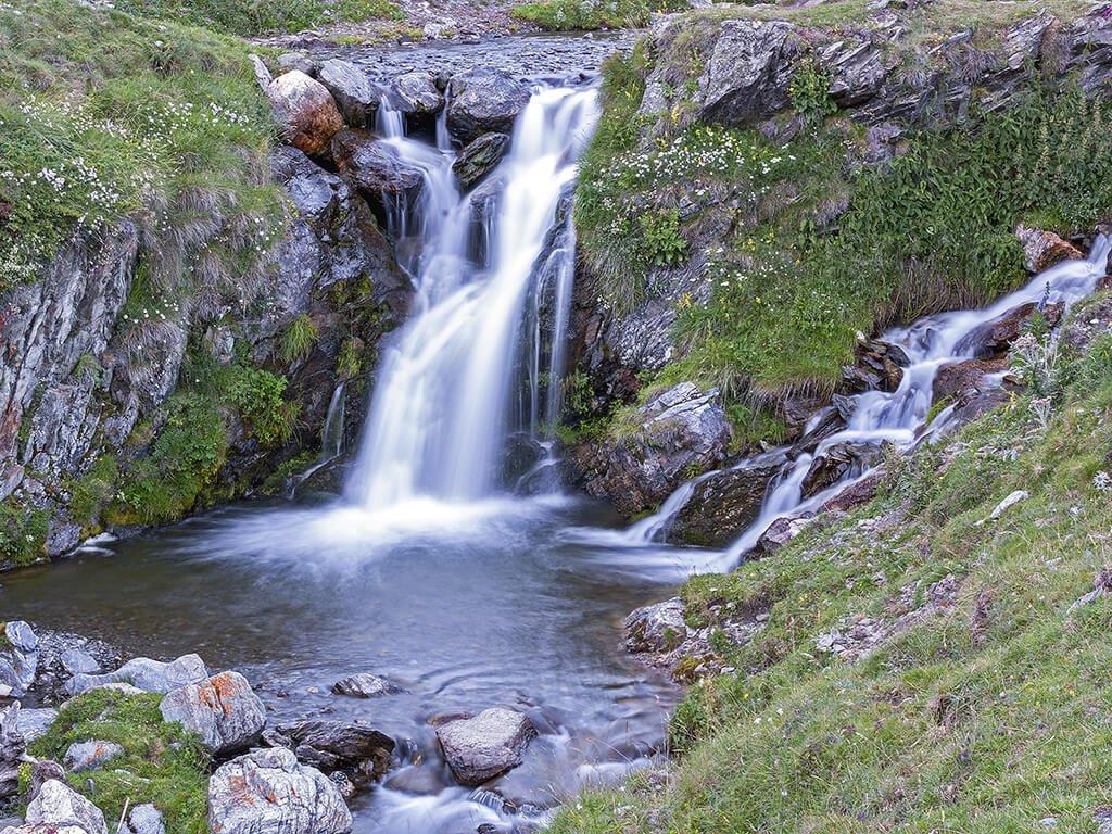 Cascada en el Valle de Núria- Cascadas del Pirineo Catalán