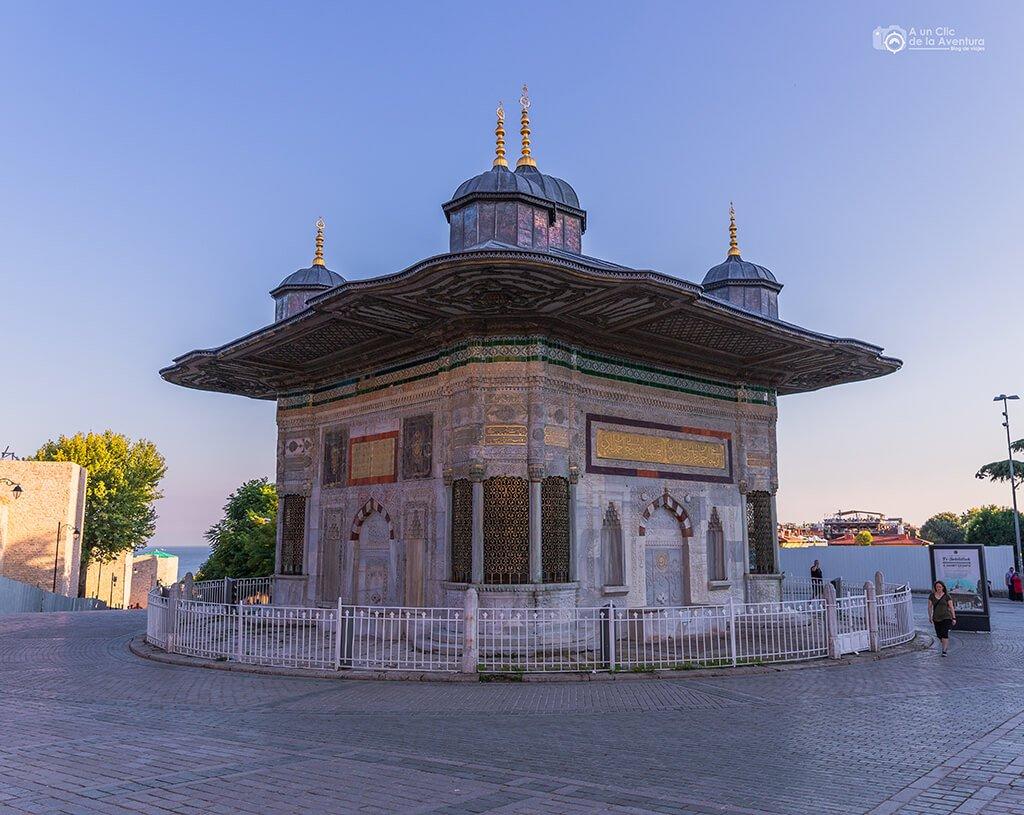Fuente de Ahmet III en Estambul
