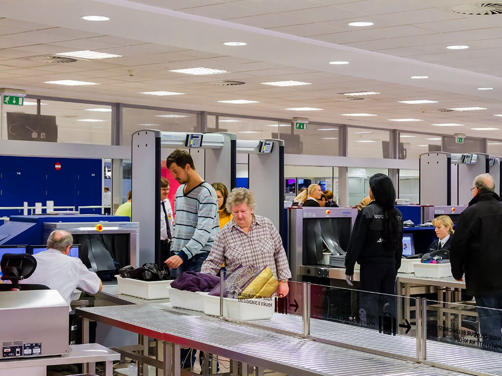 Control de equipaje en el aeropuerto - viajar en avión