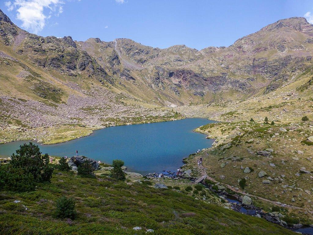 Estany Primer de Tristaina, viajar a Andorra