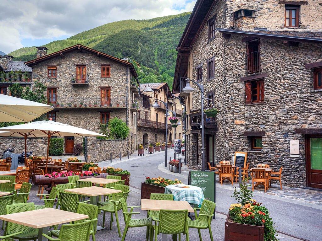 Calles de Ordino, viajar a Andorra