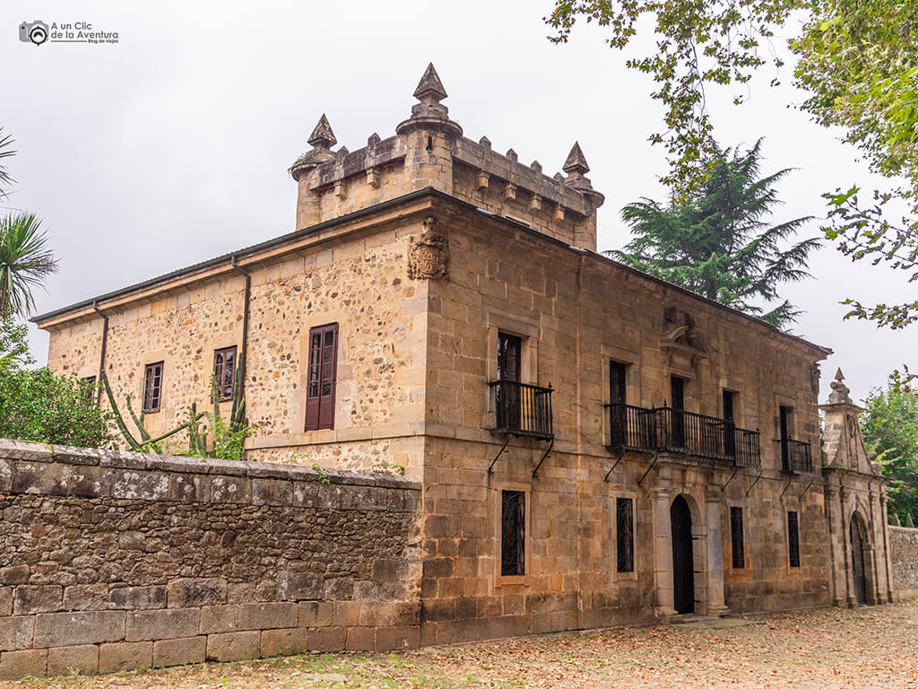 Palacio de Donadío en Selaya - palacios de Cantabria