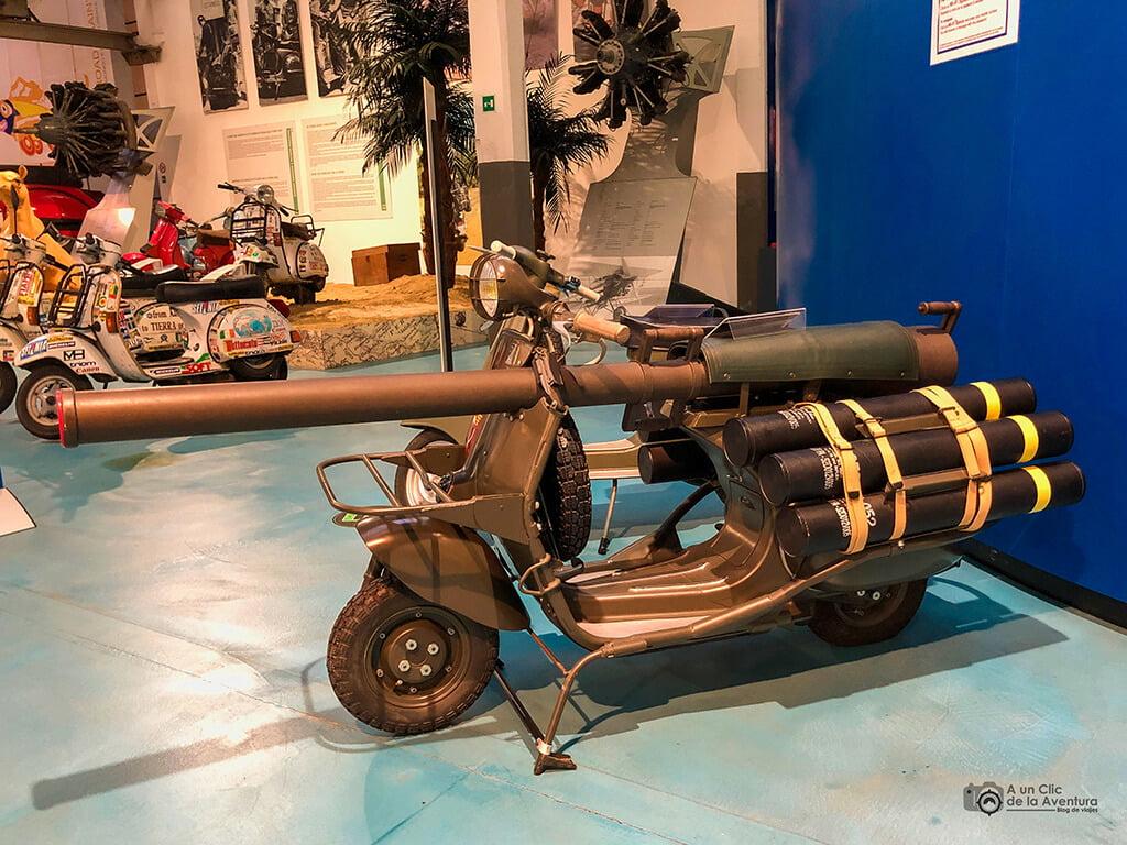 Vespa con fines militares del Museo Piaggio de Pontedera