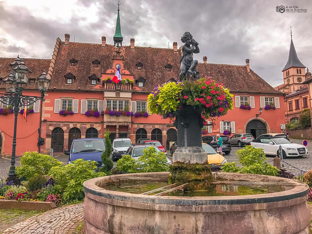 Plaza del Ayuntamiento de Barr, Alsacia