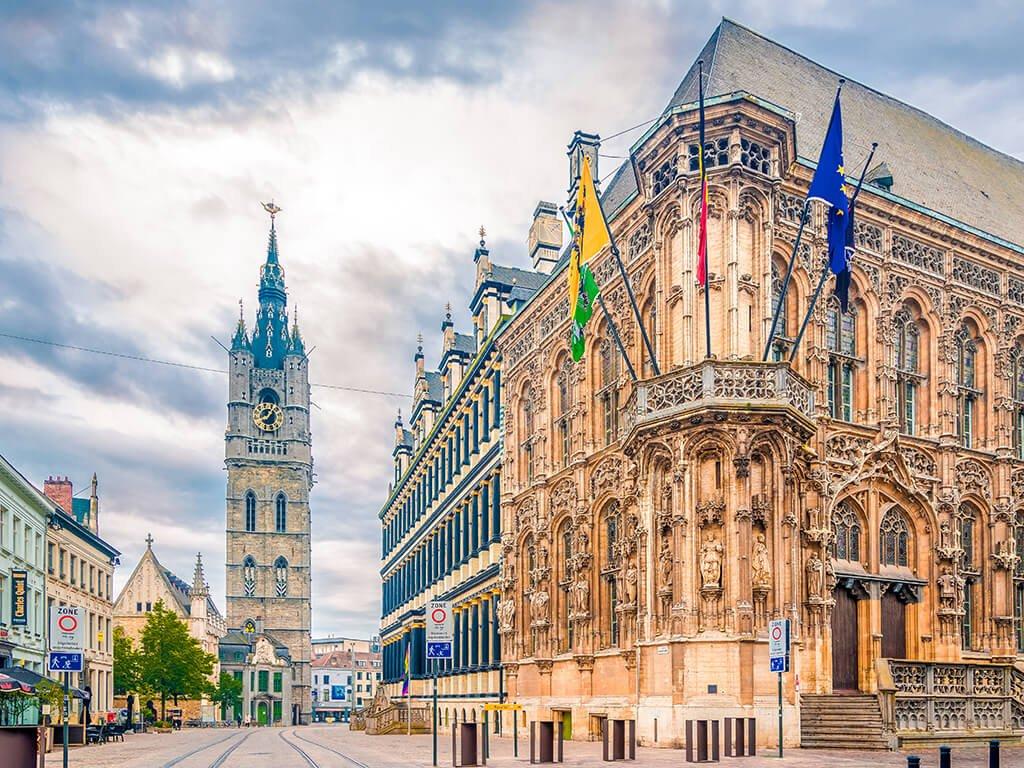 Ayuntamiento y Belfort de Gante
