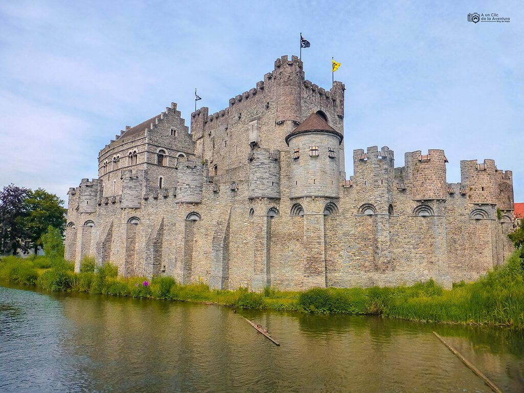 Castillo de los Condes de Flandes o Gravesteen, Gante