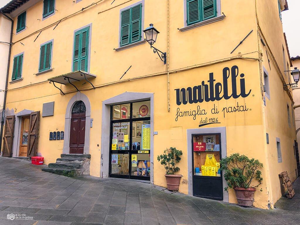 Edificio de Pastificio Martelli en Lari