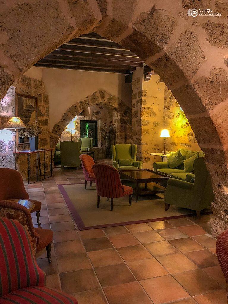 El Granero, Monasterio de Piedra