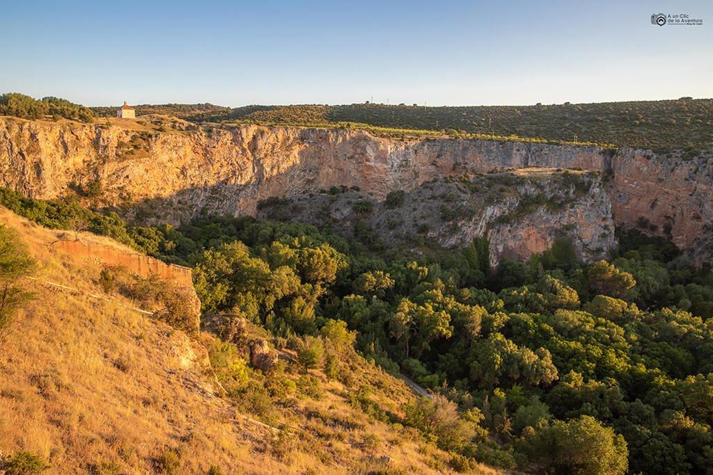Vista del Parque Natural del Monasterio de Piedra desde la Torre del Homenaje