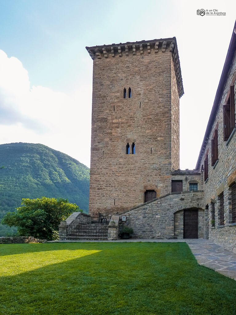 Atalaya de la Fon de la Escalada de Oto - ruta en coche por el Pirineo Aragonés