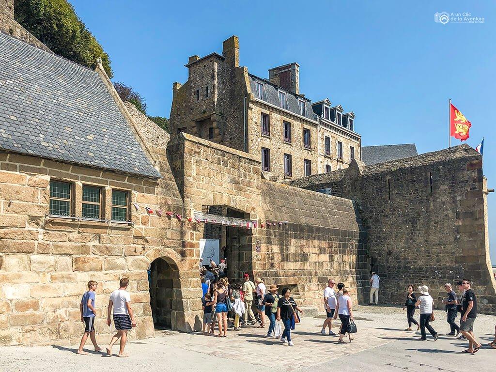Puerta principal para visitar el Mont Saint-Michel