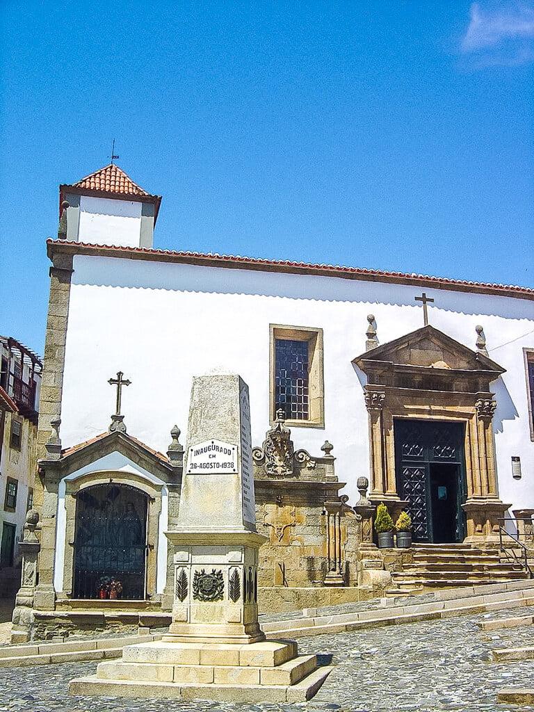 Iglesia de San Vicente que ver en Braganza