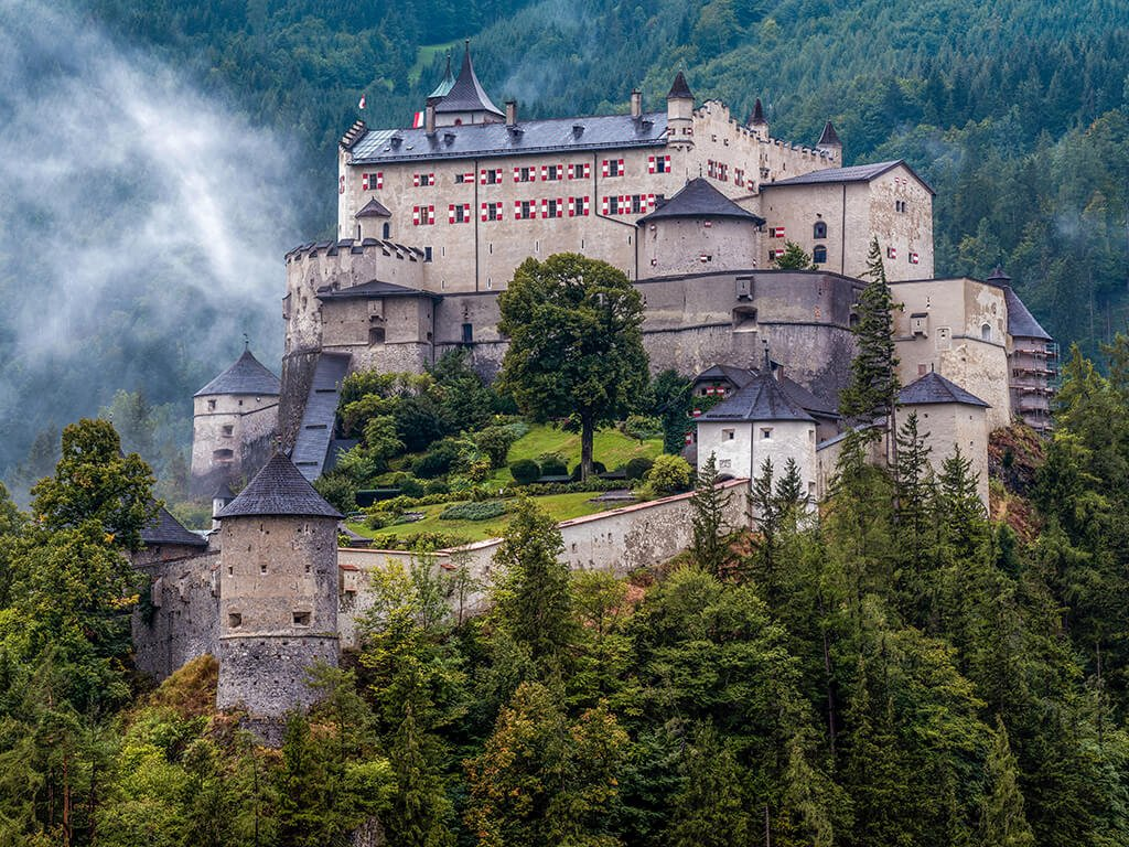 Castillo Hohenwerfen, Castillos de Europa