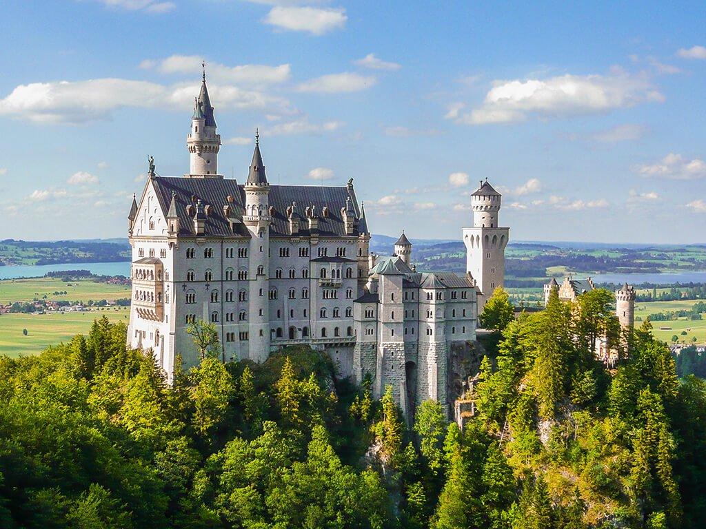 Castillo de Neuschwanstein, Castillos de Europa