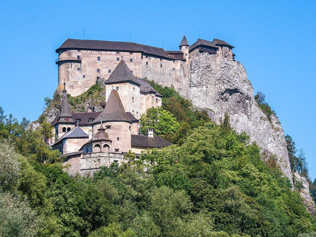 Castillo de Orava, Castillos de Europa