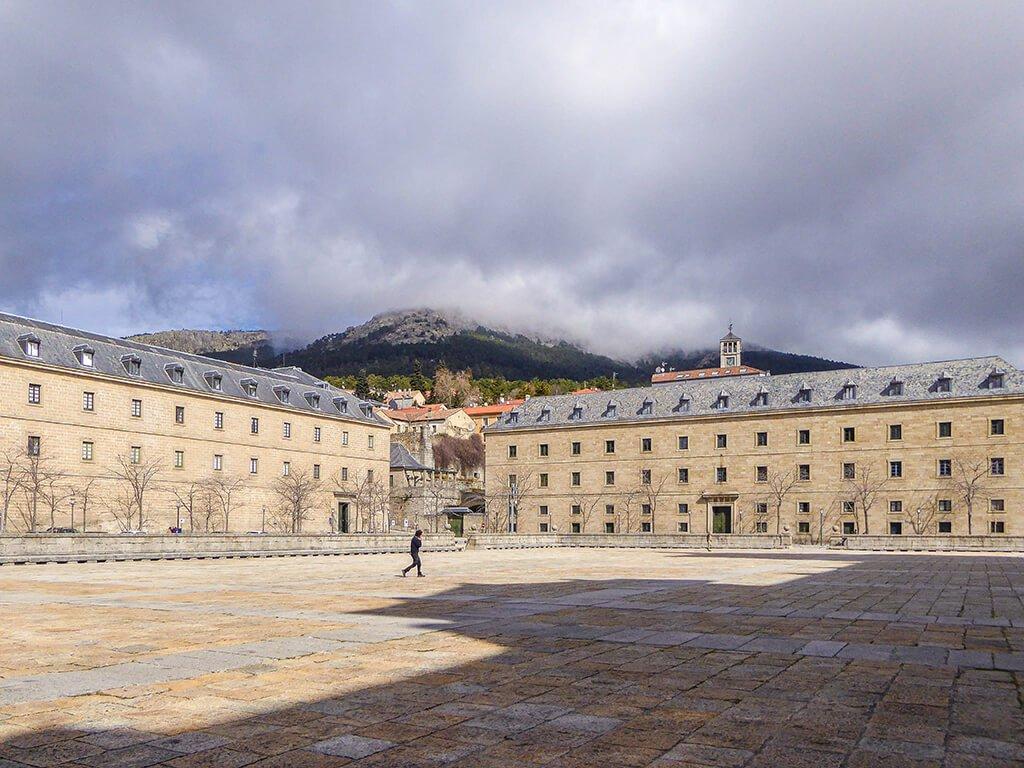 Tercera Casa de Oficios y Casa de los Infantes y de la Reina de El Escorial