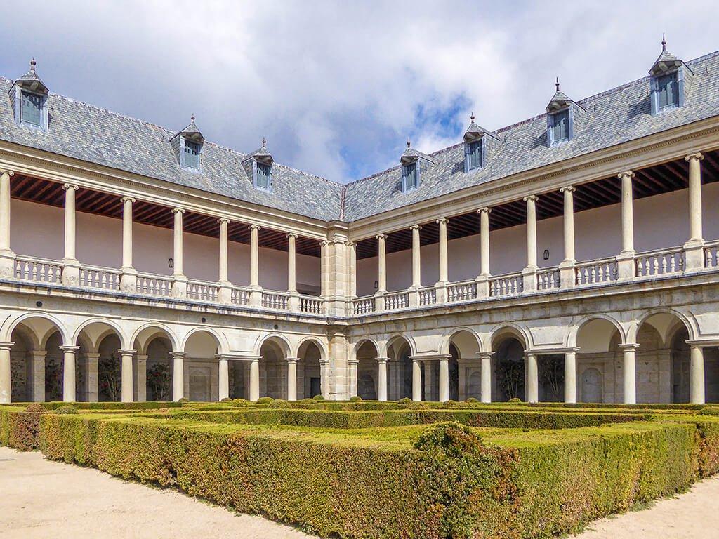 Galería de Convalecientes, El Escorial