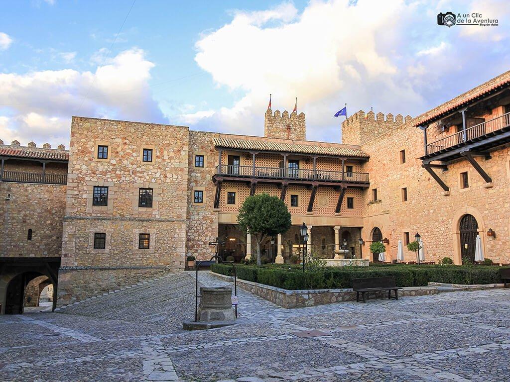 Patio de armas del Castillo de Sigüenza