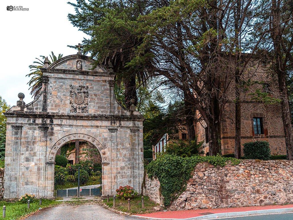 Casona y Torre de los Ceballos en Alceda