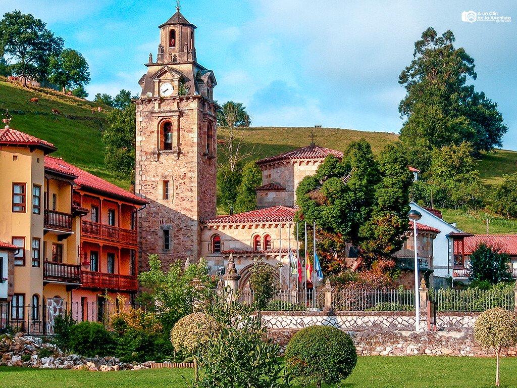 Iglesia Parroquial de San Miguel en Puente Viesgo, pueblos pasiegos