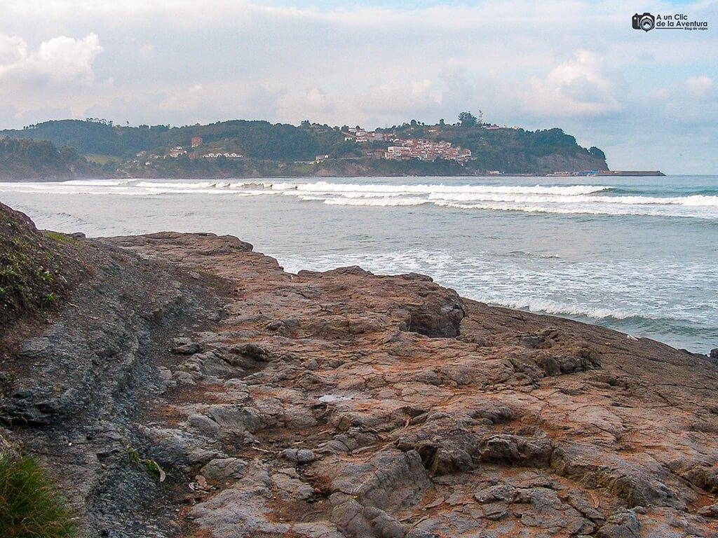 Costa de los Dinosaurios - Playa de la Griega