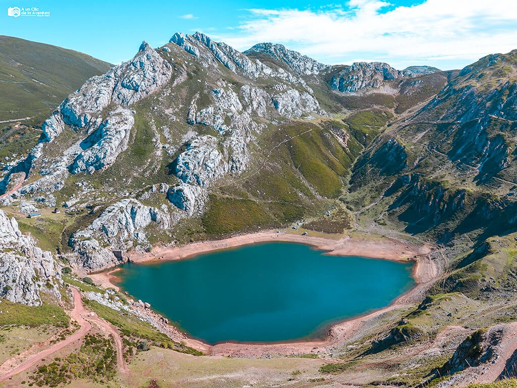 Lago de la Cueva, Lagos de Saliencia - que ver en Asturias