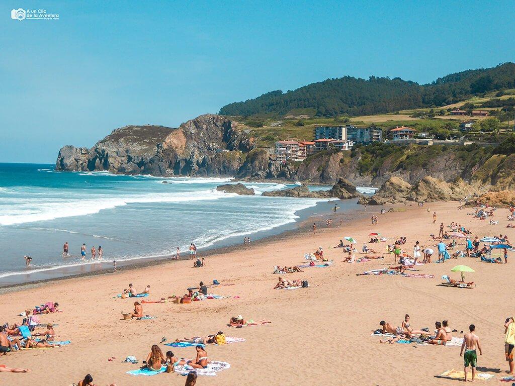Playa de Bakio - Ruta por la costa vasca
