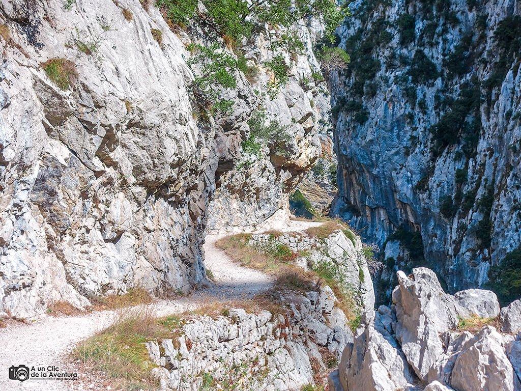 Ruta del Cares cerca de Caín