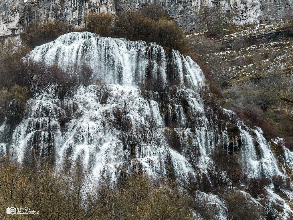 Cascada del Tobazo en Villaescusa de Ebro