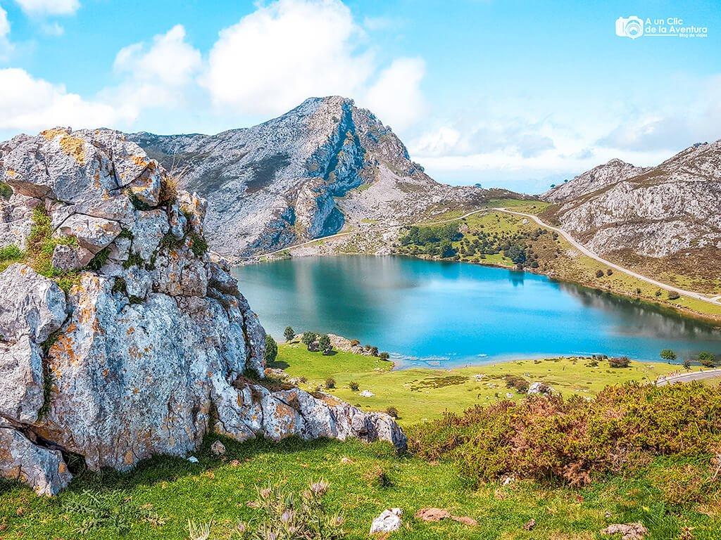 Lago Enol, lagos de Covadonga, verano de 2020