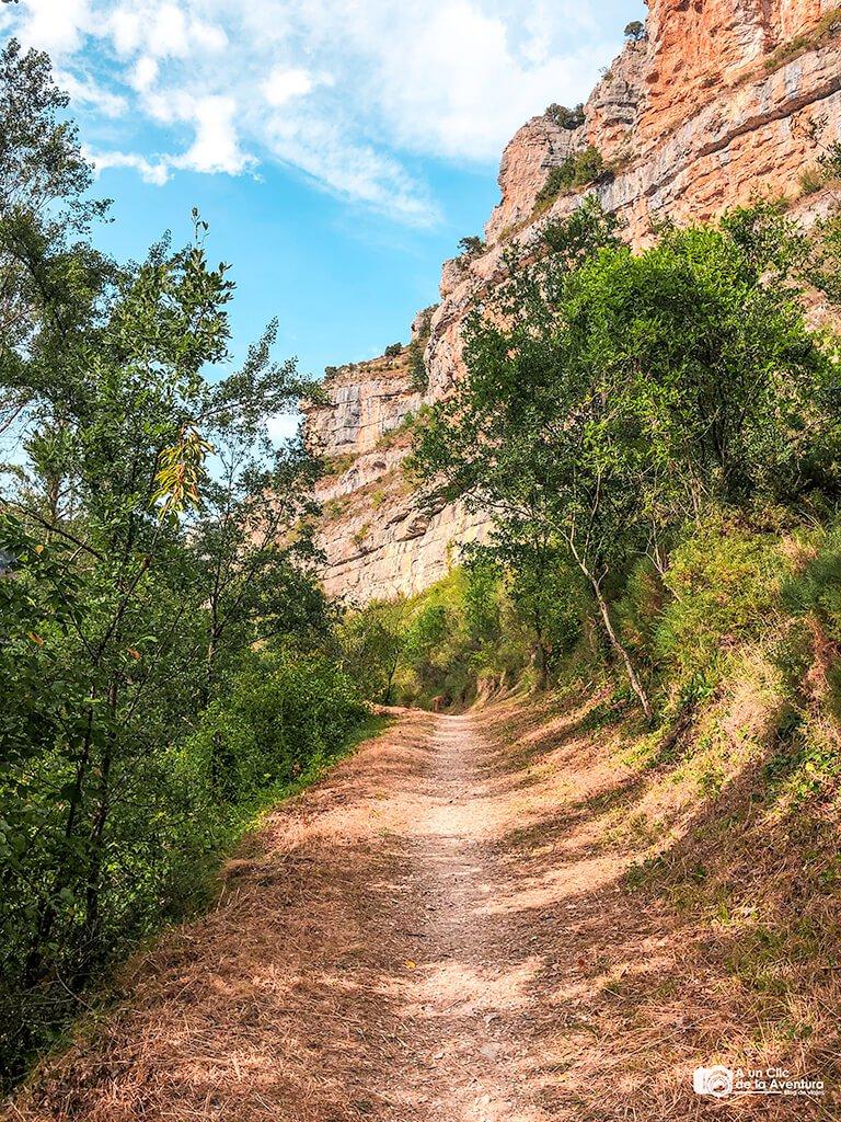 Ruta de Orbaneja del Castillo a Escalada