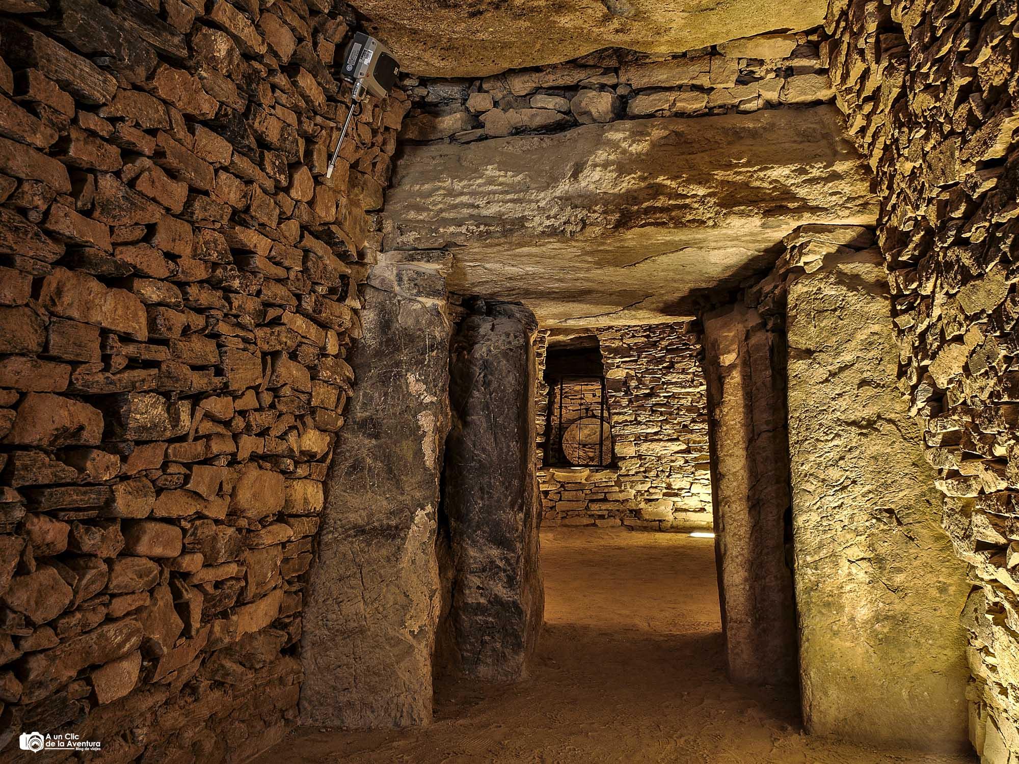 Tholos de El Romeral, Dólmenes de Antequera
