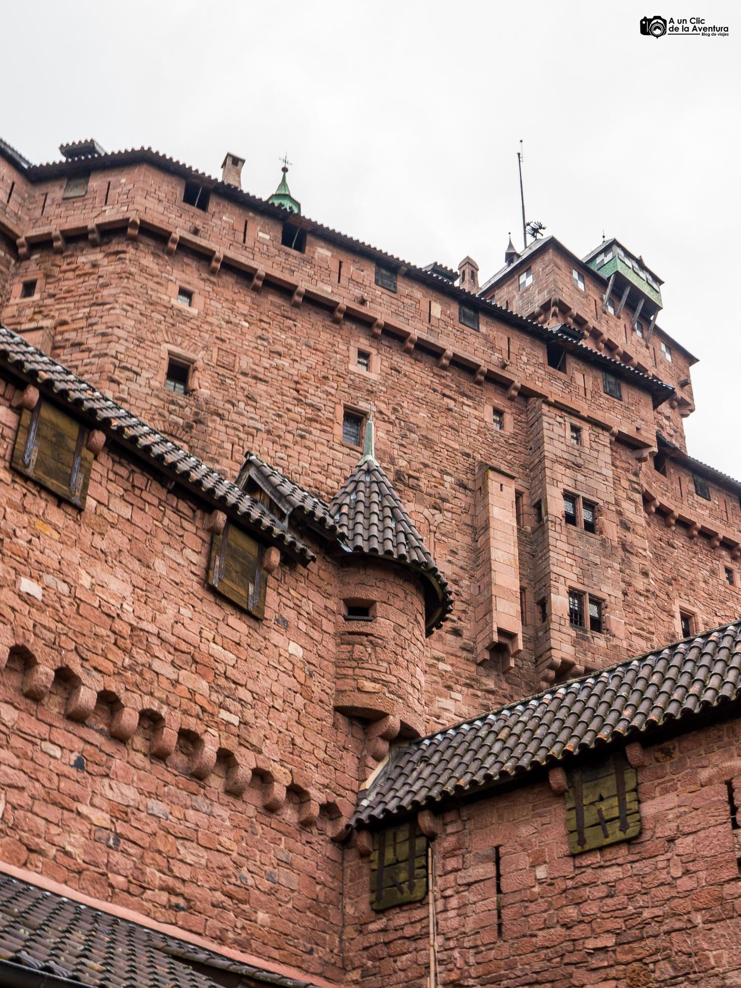 Exterior de la vivienda del Señor del Castillo de Haut-Koenigsbourg