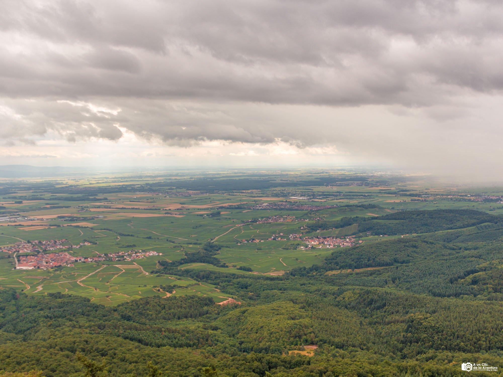 Planicie de Alsacia desde el Castillo de Haut-Koenigsbourg