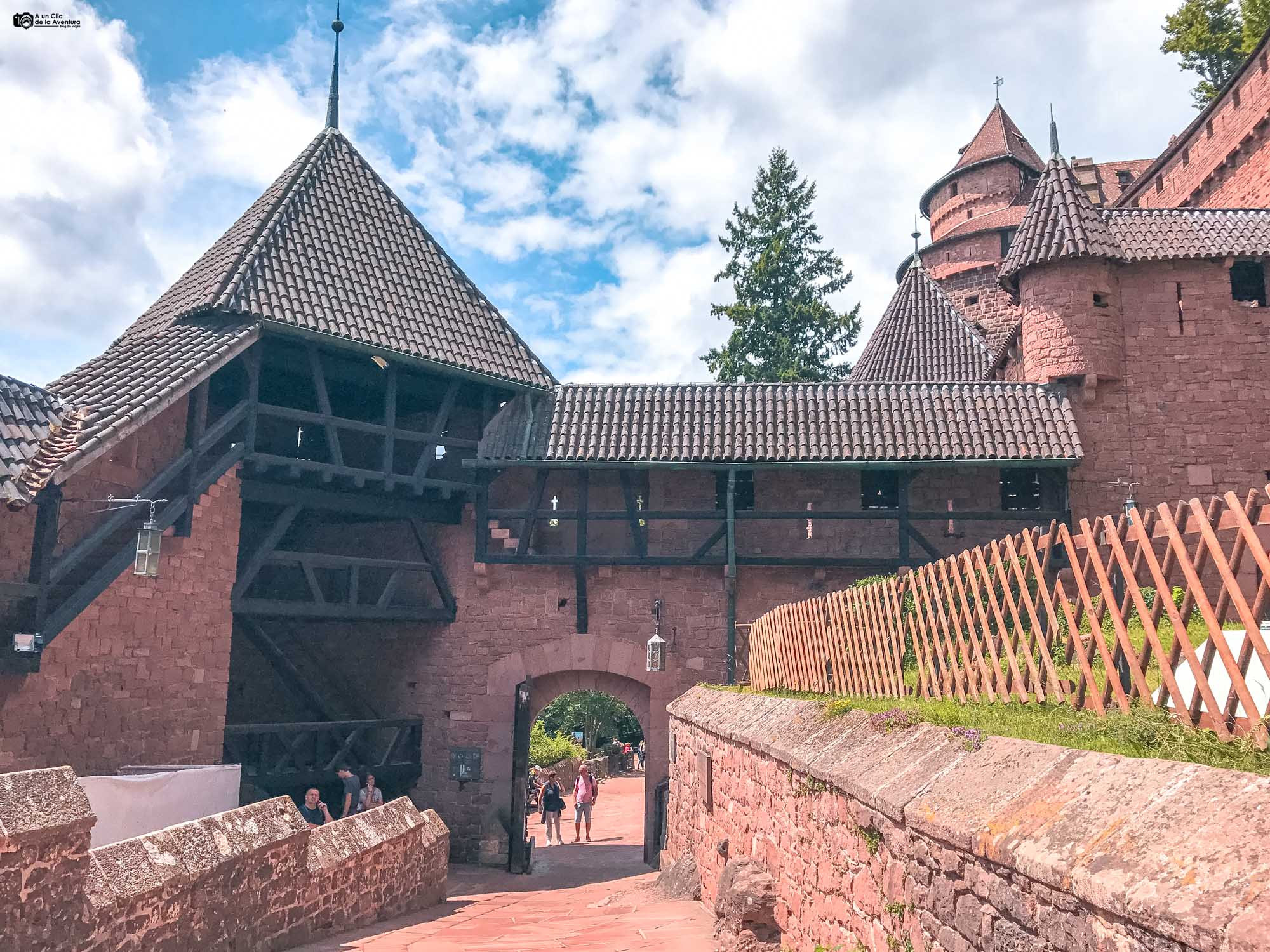 Salida del Castillo de Haut-Koenigsbourg