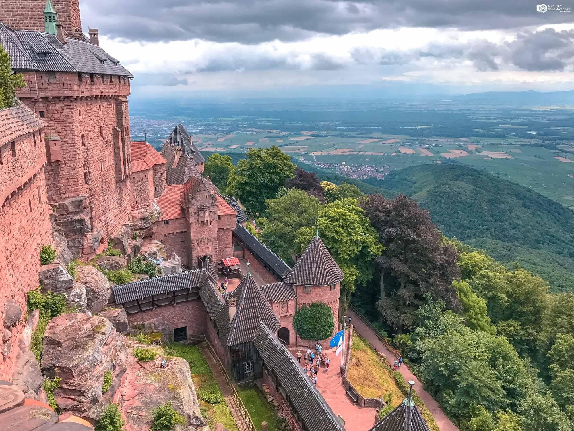 Vistas desde el Gran Bastión del Castillo de Haut-Koenigsbourg