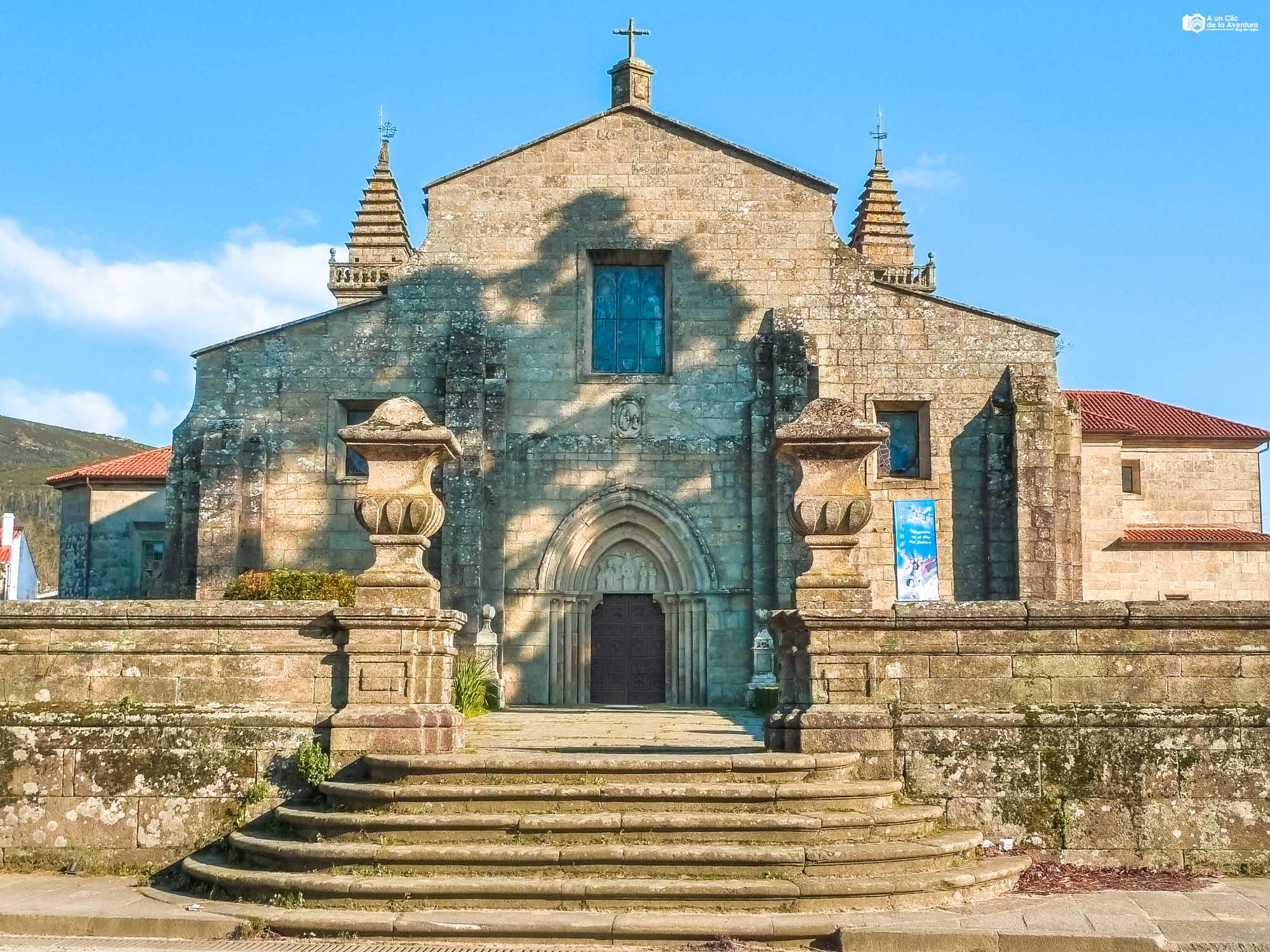 Iglesia-Colegiata de Santa María de Iria Flavia