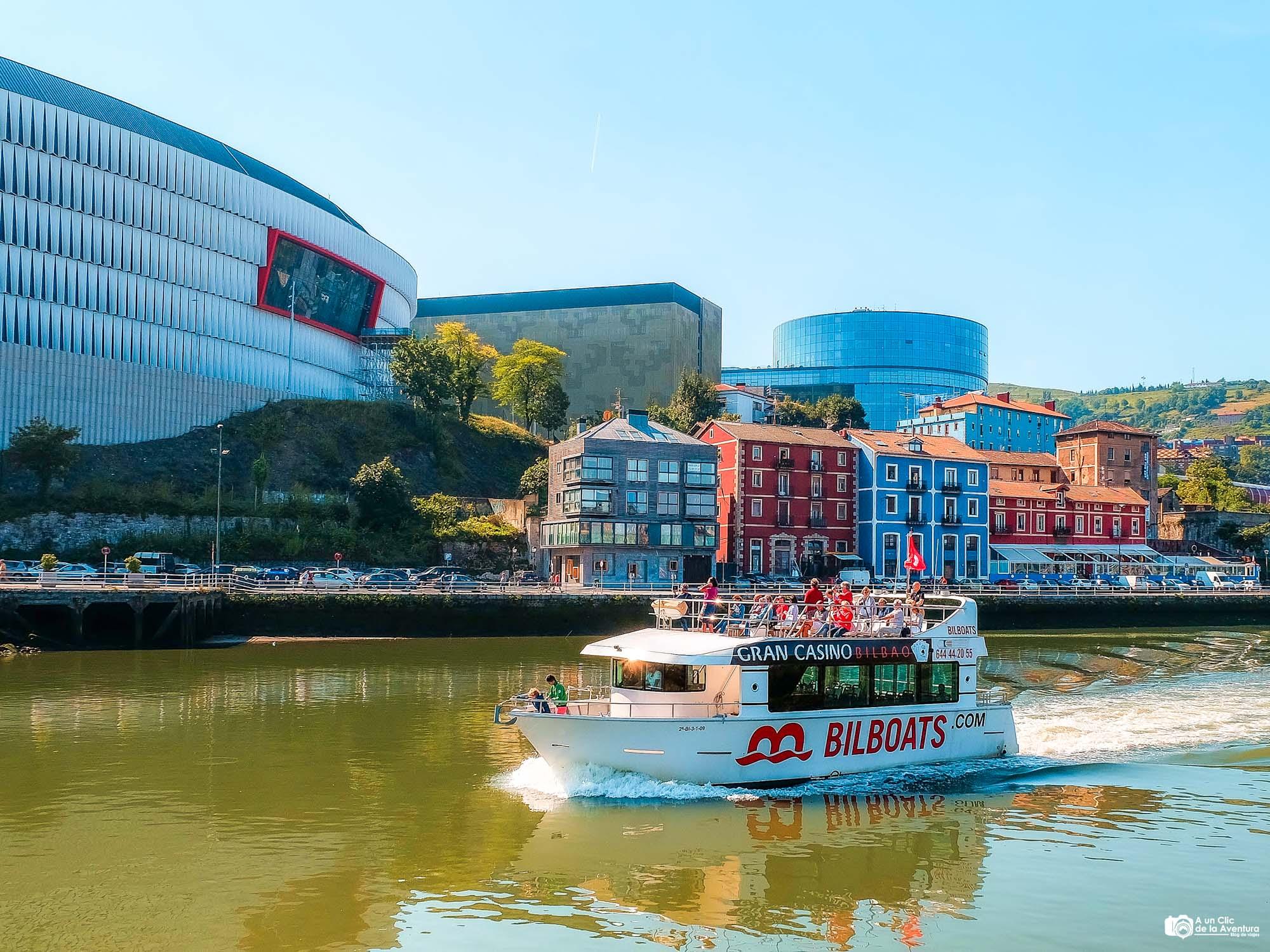 Bilboats en la ría de Bilbao