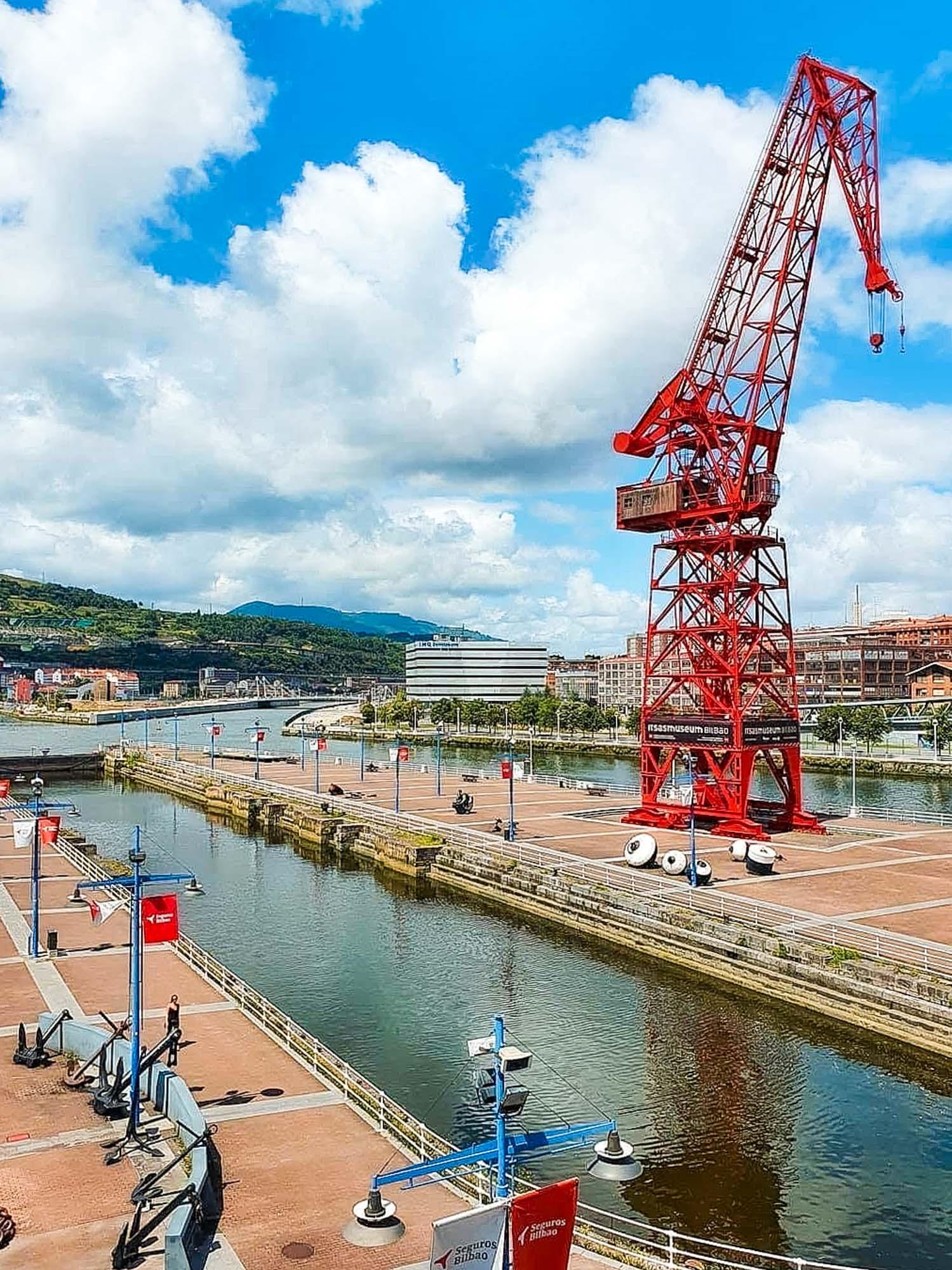 Exterior del Museo Marítimo de Bilbao