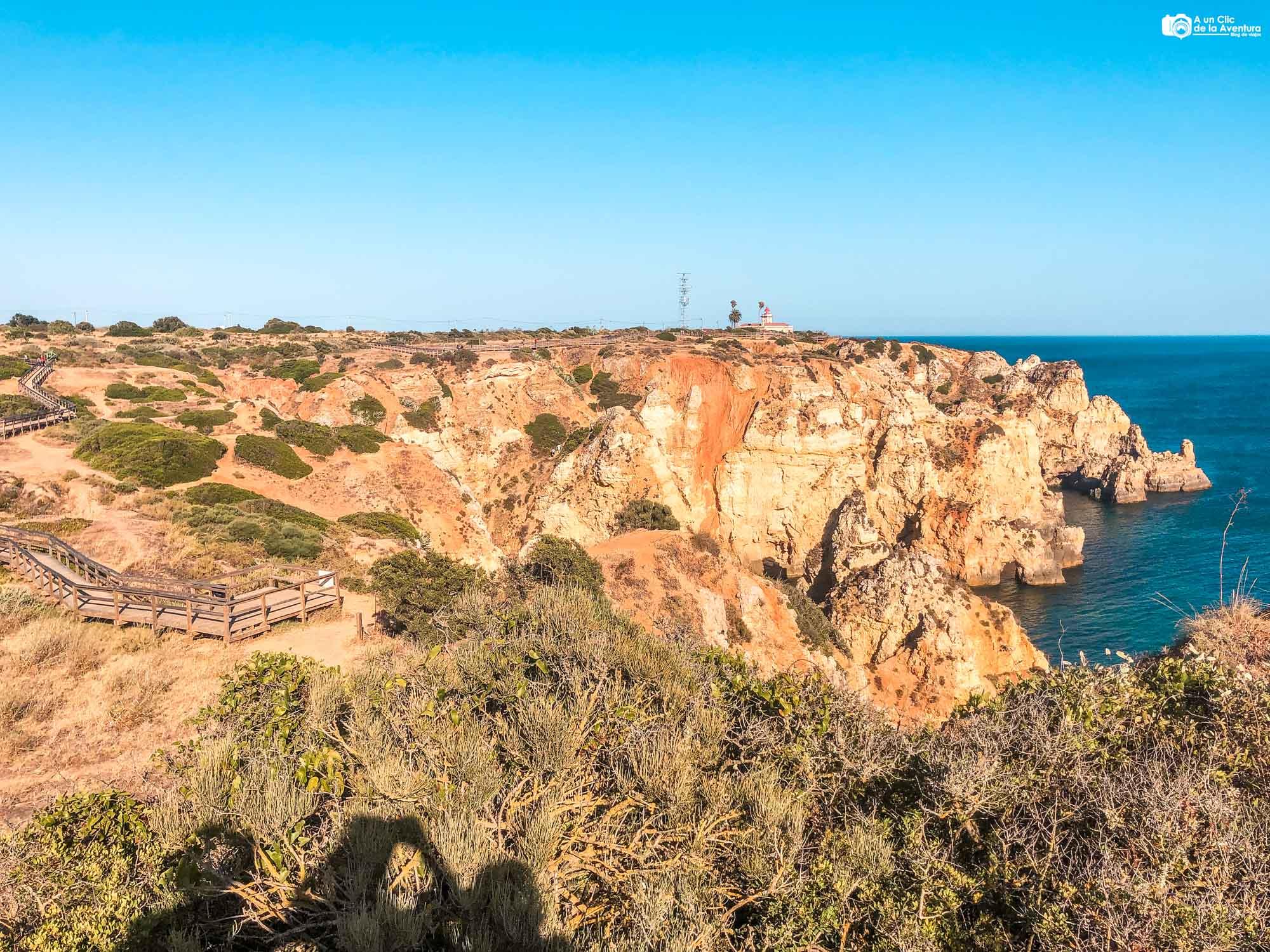 Faro de Ponta da Piedade que ver en el Algarve