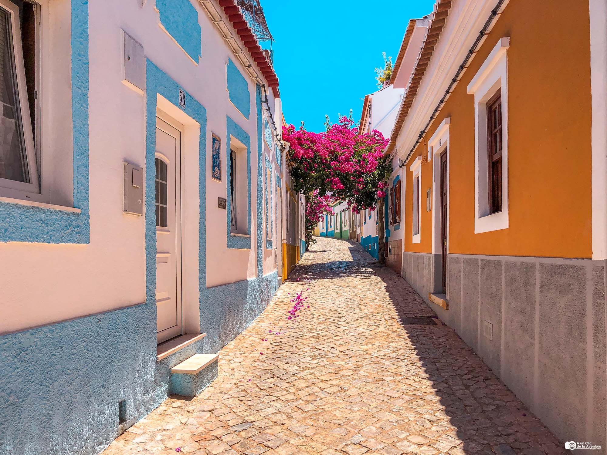 Calle de Ferragudo que ver en el Algarve