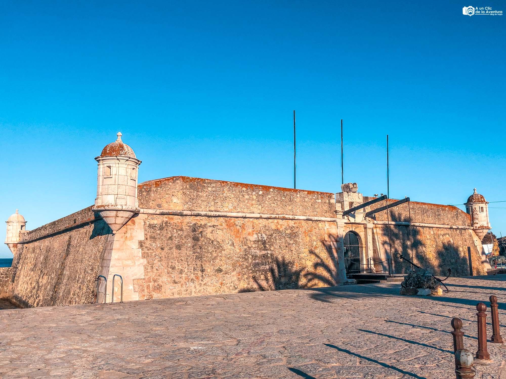 Fuerte de Ponta da Bandeira en Lagos que ver en el Algarve