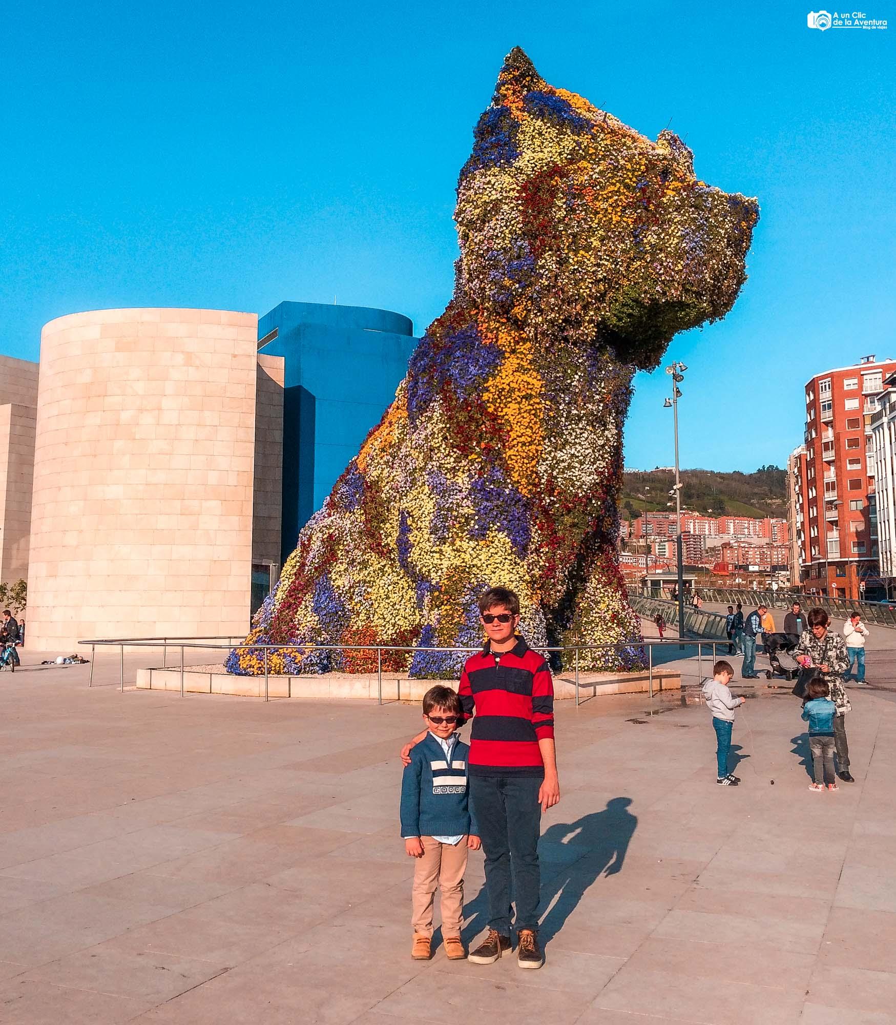 Puppy en el museo Guggenheim de Bilbao
