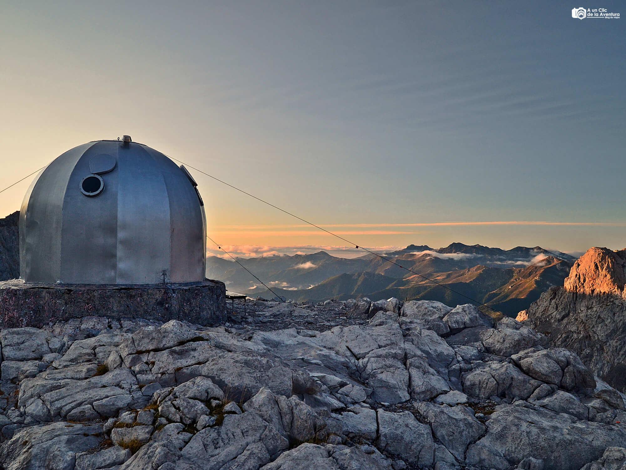 Ruta a Cabaña Verónica y los Horcados Rojos - Rutas por los Picos de Europa