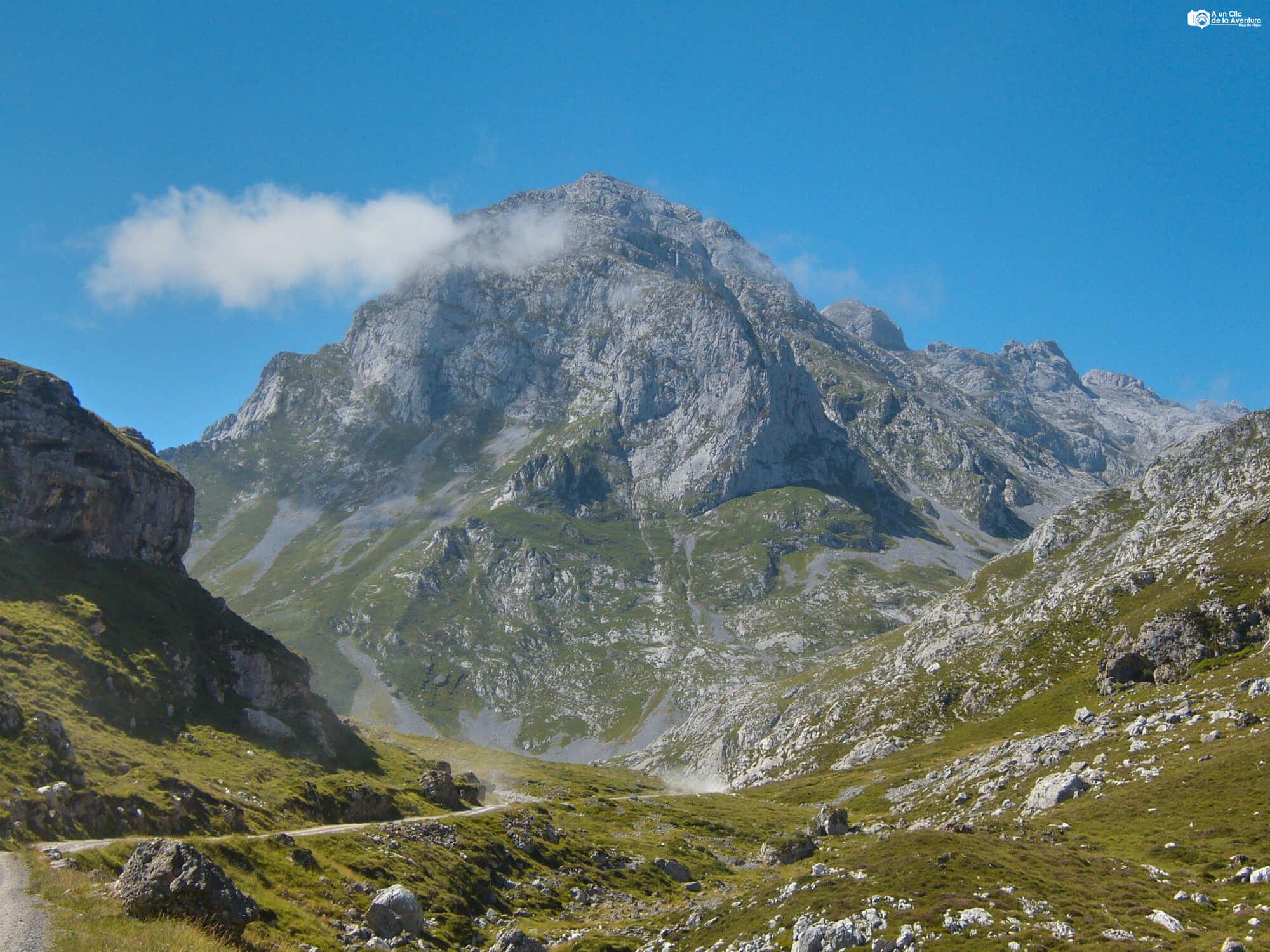 Ruta de Sotres al Refugio de Áliva - Rutas por los Picos de Europa