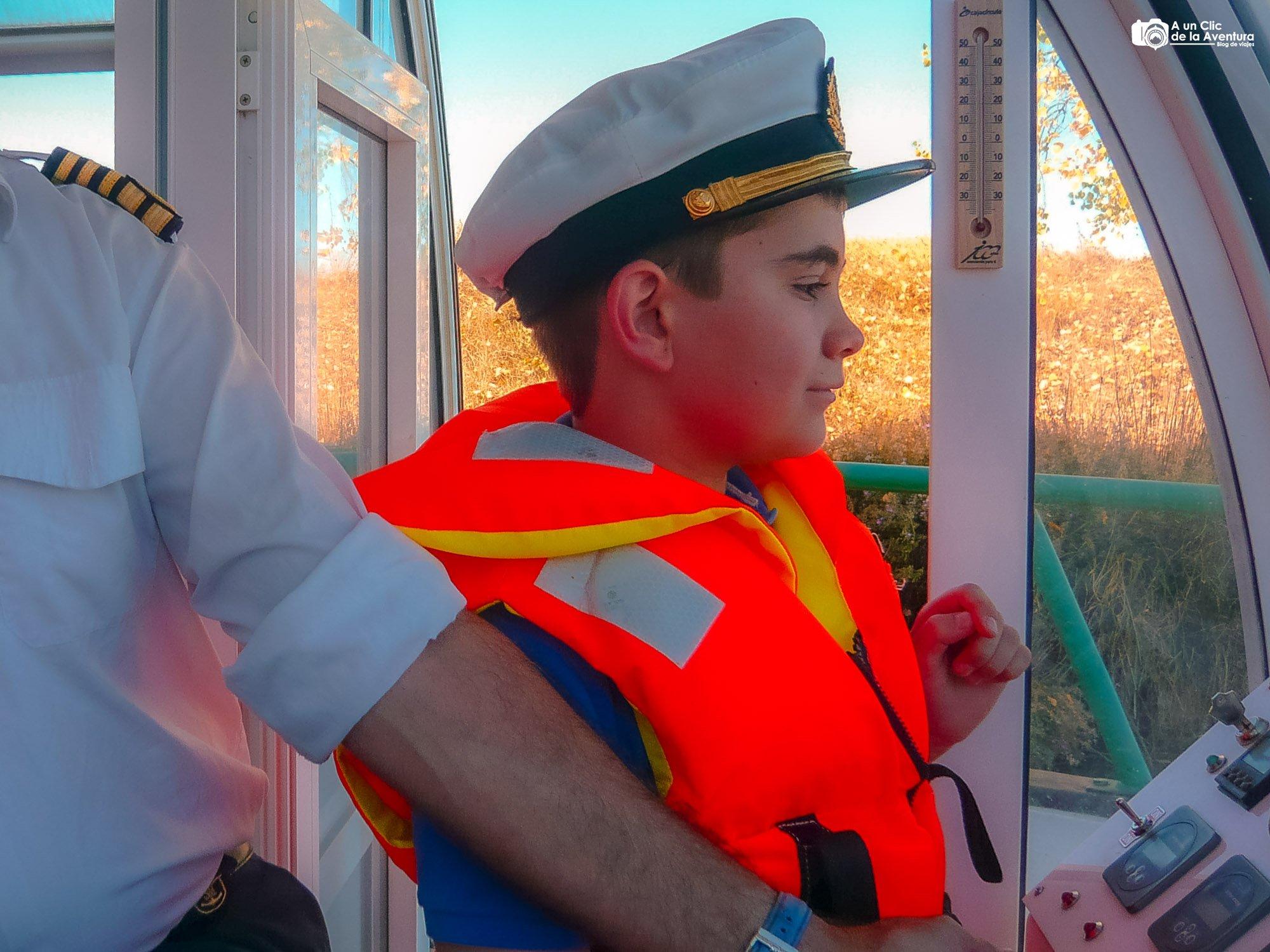 Navegando en el Barco del Canal de Castilla