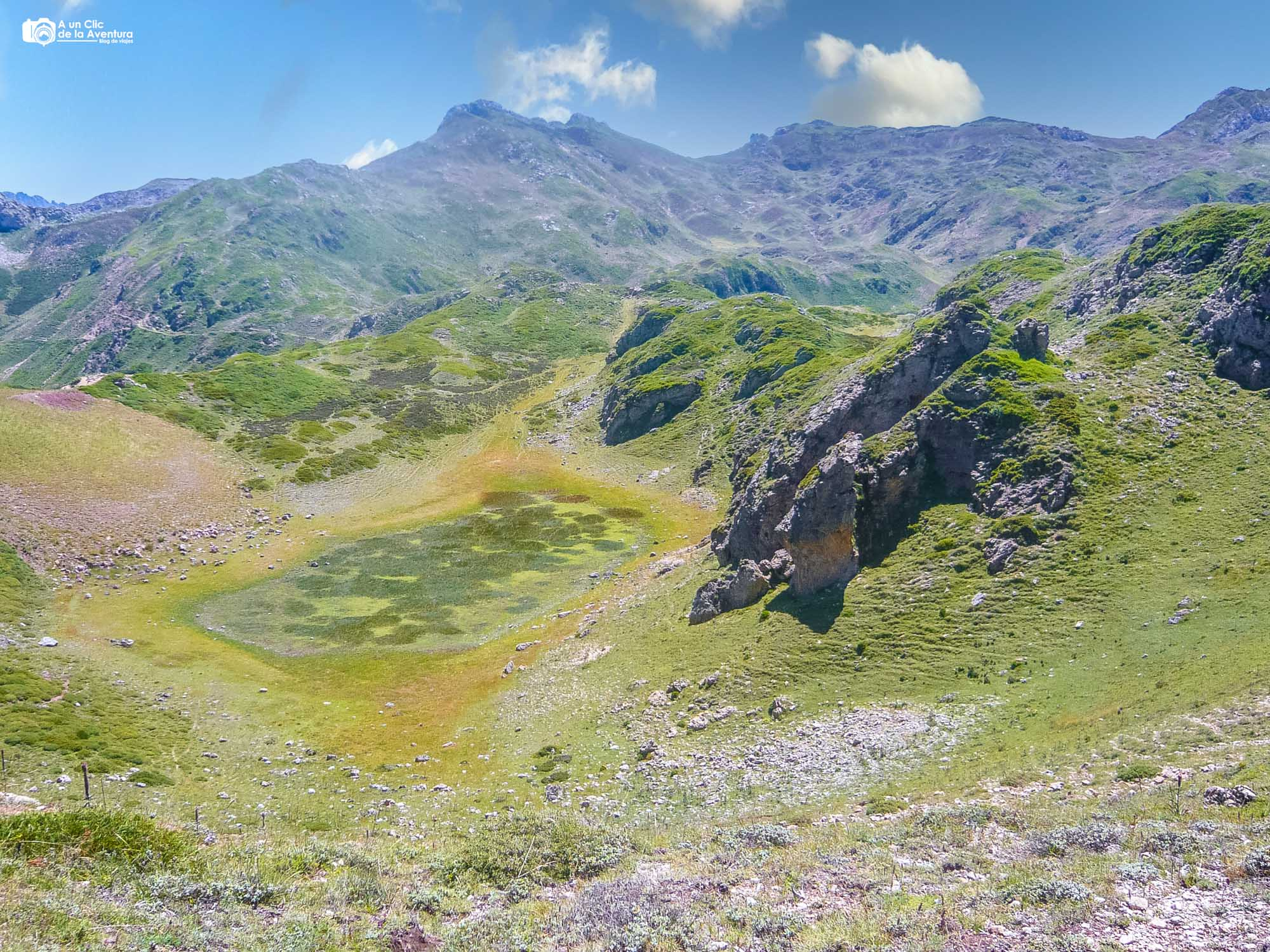Lago de la Mina ruta de los lagos de Saliencia
