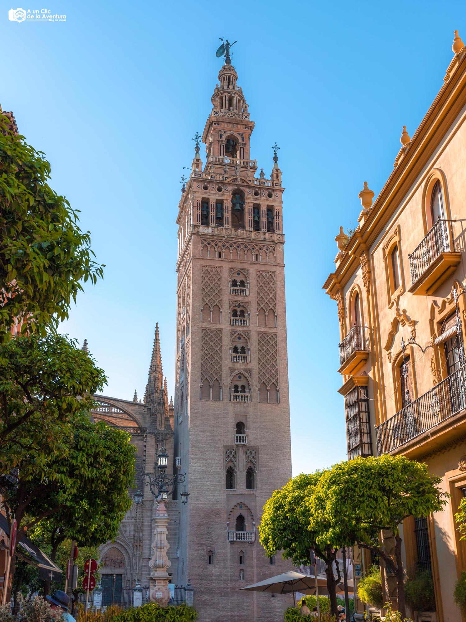 La Giralda de Sevilla, ciudades más bonitas de Andalucía
