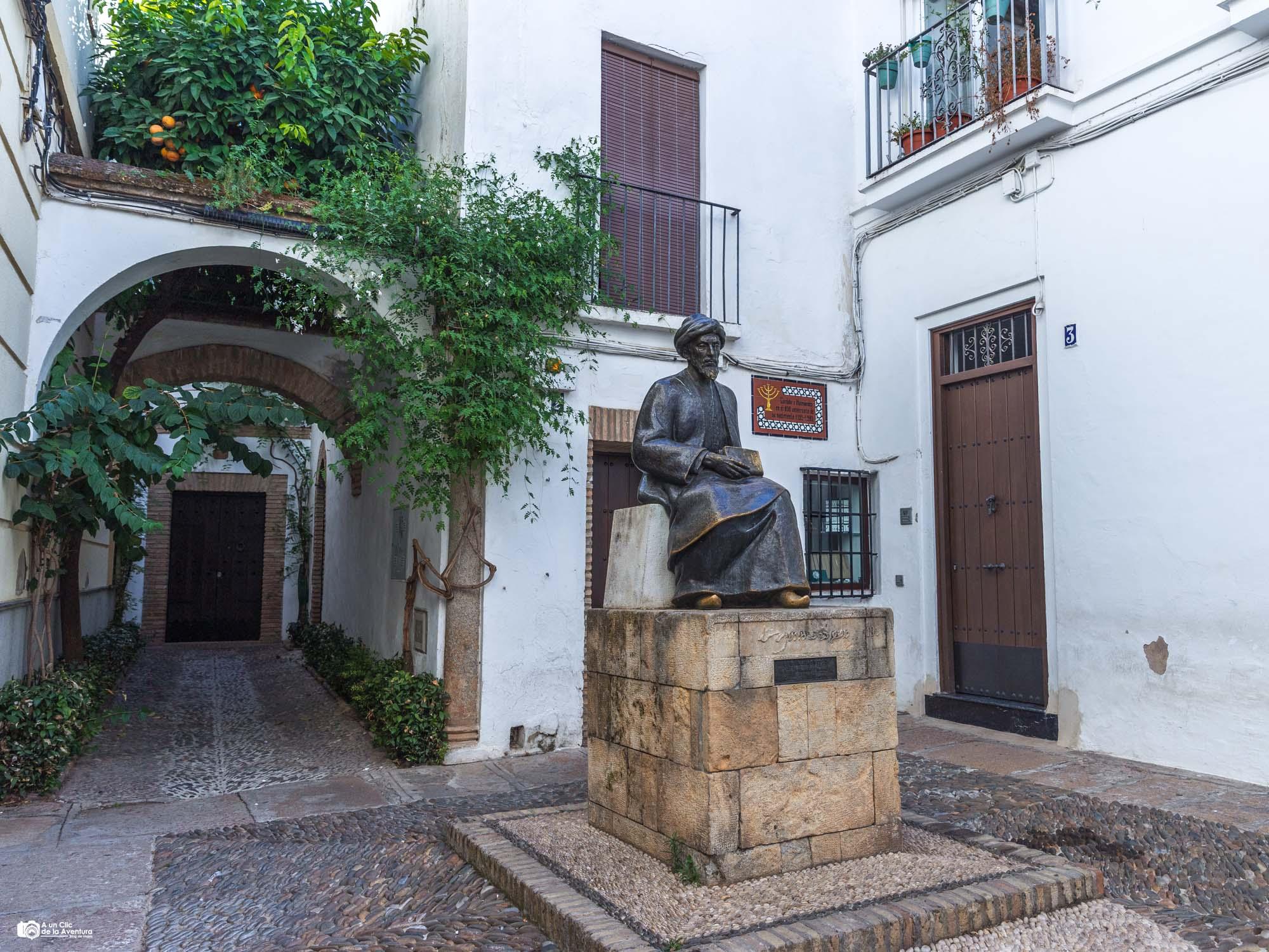 Estatua de Maimonides, Judería de Córdoba
